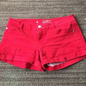 Celebrity Pink Red shorties sz 9 great condition